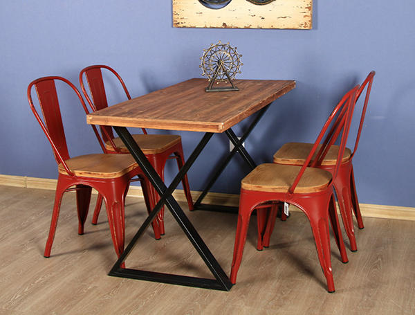 Enthusiastic red dining chair set